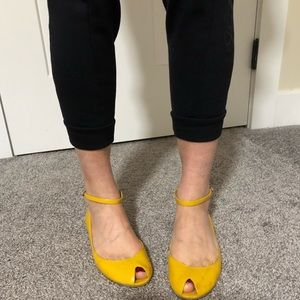 Nine West flat yellow shoes with ankle strap